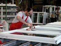 Produkcja okien w fabryce od zaraz oferta pracy w Anglii bez języka angielskiego