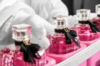 Od zaraz Anglia praca bez znajomości języka przy pakowaniu perfum Londyn UK